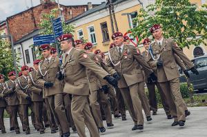 Swieto 25 brygady Antoni Macierewicz 108