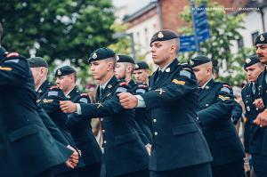 Swieto 25 brygady Antoni Macierewicz 116