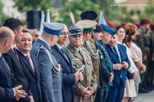 Swieto 25 brygady Antoni Macierewicz 222