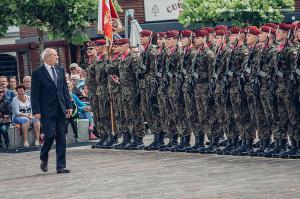 Swieto 25 brygady Antoni Macierewicz 247