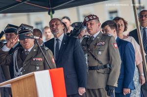 Swieto 25 brygady Antoni Macierewicz 370