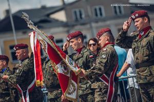 Swieto 25 brygady Antoni Macierewicz 388