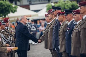 Swieto 25 brygady Antoni Macierewicz 427