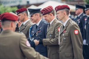 Swieto 25 brygady Antoni Macierewicz 439