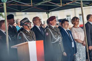 Swieto 25 brygady Antoni Macierewicz 494