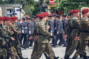 Swieto 25 brygady Antoni Macierewicz 505