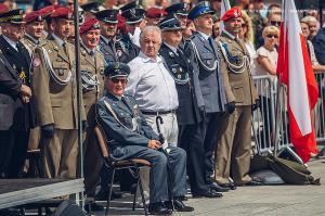 Swieto 25 brygady Antoni Macierewicz 526