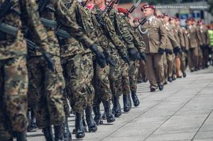 Swieto 25 brygady Antoni Macierewicz 559