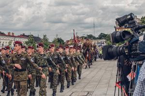Swieto 25 brygady Antoni Macierewicz 610