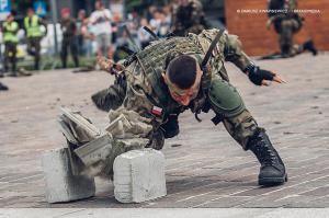 Swieto 25 brygady Antoni Macierewicz 825