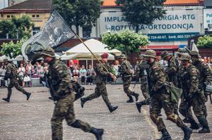 Swieto 25 brygady Antoni Macierewicz 897